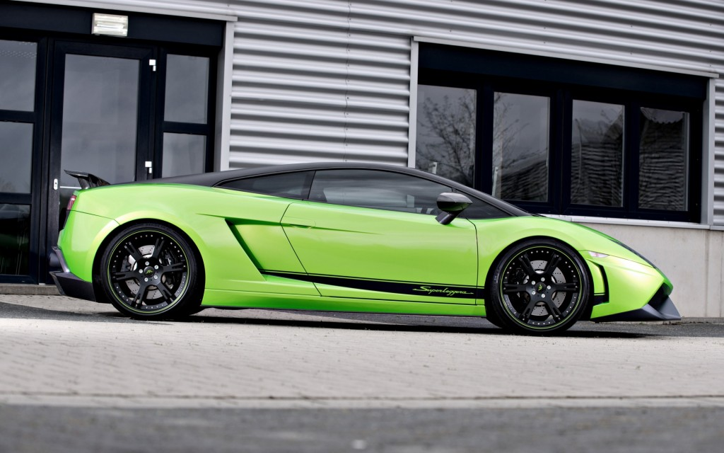 2012-Wheelsandmore-Lamborghini-Gallardo-Superleggera-Green-Beret-Side